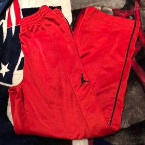 Boys jordan's pants size 5-6